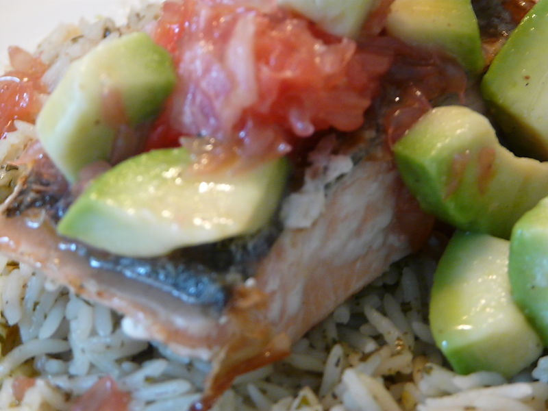Salmon with pink grapefruit and avocado